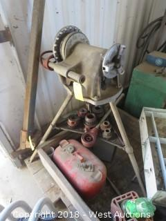 Ridgid 300 Pipe Threader and Stand
