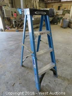 4' Warner Fliberglass Ladder