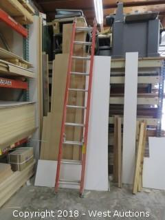 20' Warner Fiberglass Extension Ladder