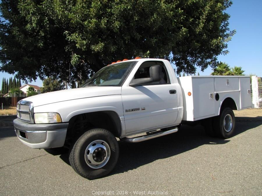 west auctions auction online auction of woodworking tools from custom cabinetry shop in northern california item 2002 dodge ram 3500 dually utility bed truck 2002 dodge ram 3500 dually utility bed