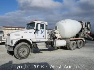 2005 Kenworth W900 Mixer Truck with 11 Cy McNeilus Mixer