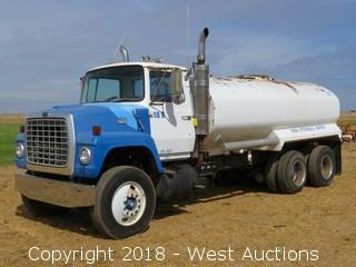Ford F9000 Water Truck