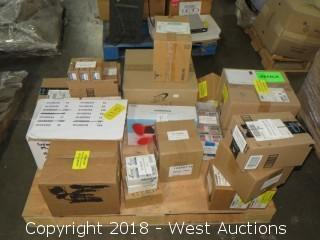 (25)+ Boxes Of Commercial Lamp Bulbs