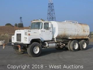 1980 Mack RS600L 4,000 Gallon Water Truck