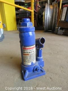 Westward 4-Ton Hydraulic Bottle Jack