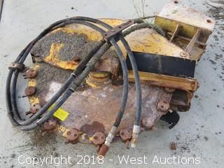 "CAT 16"" x 3"" Hydraulic Trencher Attachment"