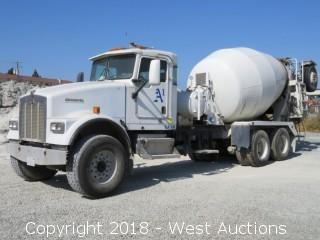 2004 Kenworth W900 Mixer Truck with McNeilus 11 Cy Mixer