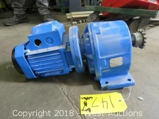 Toshiba Planetary Gear Reduction Box with Chain Sprocket Drive