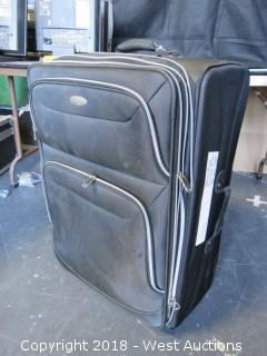 "28""x20"" Samsonite Luggage Bag"