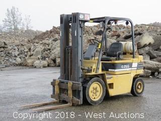 Daewoo 5,500 LB Capacity Propane Forklift