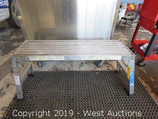 Werner 225 Lbs Work Platform
