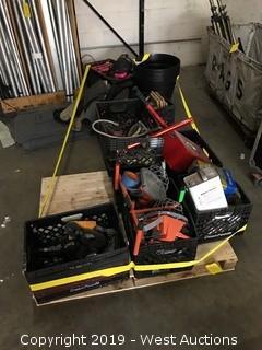 Bulk lot; Various Hardware/Tools