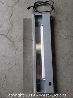 "(18) 33"" Fluorescent Office Task Lights"