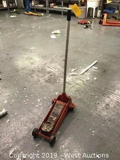 2 1/4 Ton hydraulic floor jack