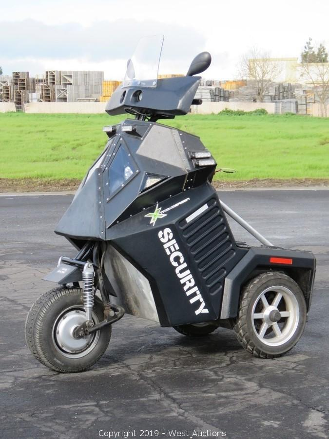 2016 Xtreme Green Sentinel Electric Police Mobility Vehicle