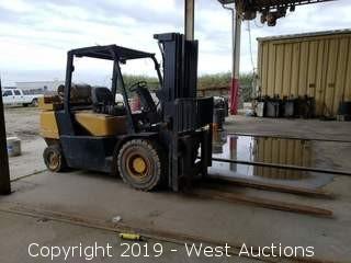 Daewoo 8500  Capacity Lb Propane Forklift
