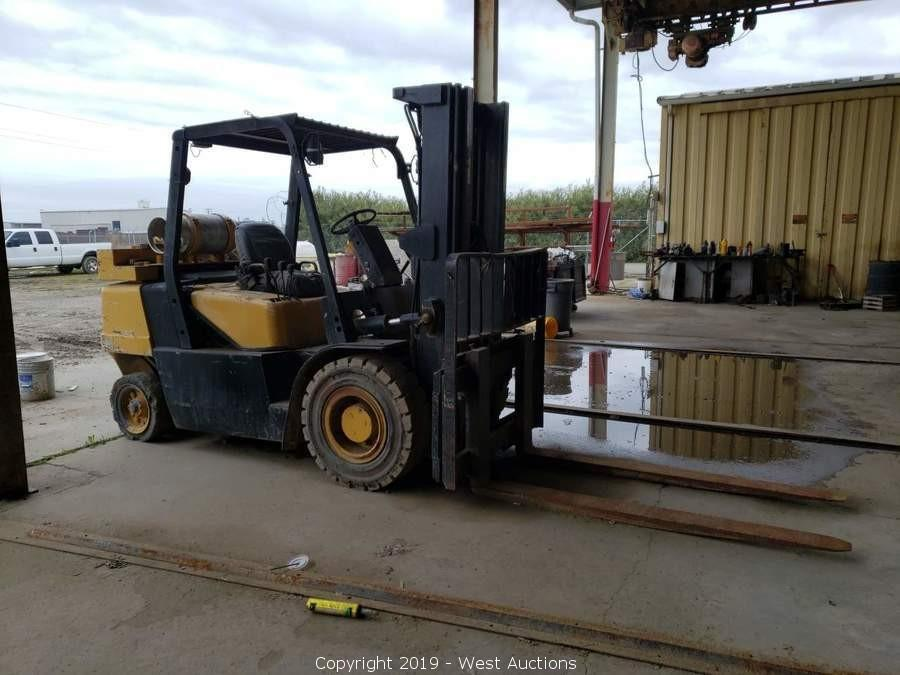 Online Auction of Pickup Trucks, Trailers, Machine Shop Equipment, and More in Chowchilla, CA