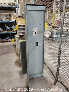 Cutler-Hammer 400A Loadcenter with Breaker