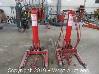 (2) KUHN Double-up Lift Pneumatic Lifts with Attachments and Hoses