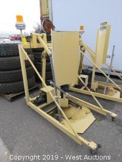 Toter Inc. 3081 Atlas Hydraulic Lifter