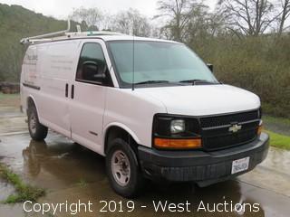2004 Chevrolet Express 3500 Cargo Van