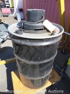 Dayton 3Z709B Wet Dry Vacuum
