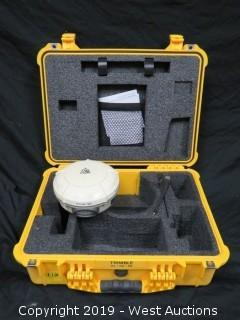 Trimble R8-Model 3 Bluetooth Receiver With Case