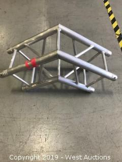 Global Truss F34 2 Way 120 Corner