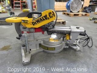 "DeWalt DWS780 12"" Double Beveled Sliding Compound Miter Saw"