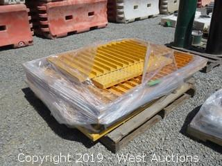 Pallet: (14+) ADA Solutions 5' X 2' Warning Plates