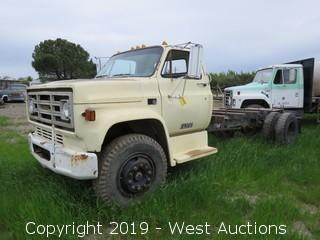 1981 GMC 7000 Truck Chassis