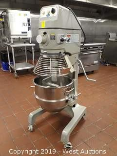 Globe SP30 30 Quart Commercial Mixer With Accessories