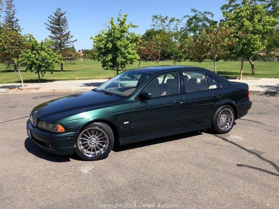 Online Auction of 2002 BMW 540i 4D Sedan