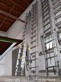 Werner 32' Aluminum Extension Ladder