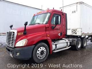 2008 Freightliner Cascadia (Tractor/Truck Only)