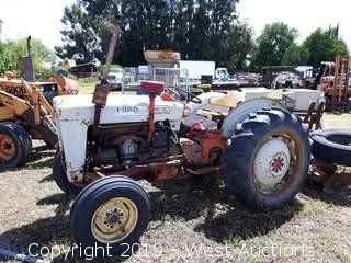 Ford 4000 Vintage Diesel Tractor