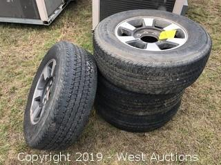 (4) LT275/65R18 Truck Tires
