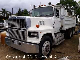 1986 Ford LTL 9000 10 Yard Dump Truck (Not Running)