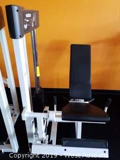 Paramount AP-2000 Leg Extension Machine