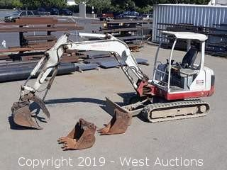 Takeuchi TB135 Mini Excavator With Hydraulic Thumb And (3) Buckets