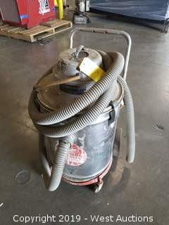 Milwaukee Wet/Dry Vacuum Cleaner