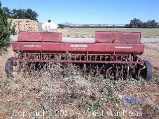 International 13' Seeder
