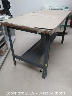 """Metal Table L: 60""""× W:30""""× H: 35"""""""