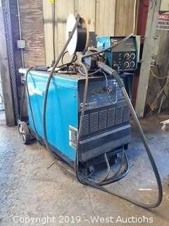 Miller Deltaweld 452 DC Power Source With Wire Feeder, Cart, And Gun