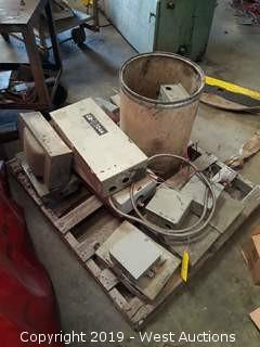 Pallet: (14) Breaker / Junction Boxes