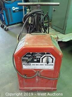 Lincoln Electric AC/DC 225/125 Arc Welder