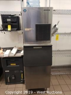 Hoshizaki Ice Machine with Bin