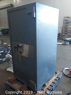 Bernardini 5' Tall Safe (No Combo)
