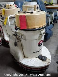 Advanced Aquatron A160H Carpet Extractor