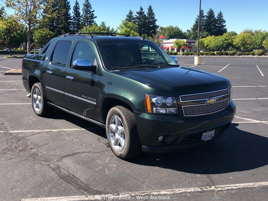 Bankruptcy Auction of 2013 Chevrolet Avalanche LTZ 4WD Black Diamond Edition